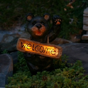 Smart Solar Solar Welcome Bear Accent Light